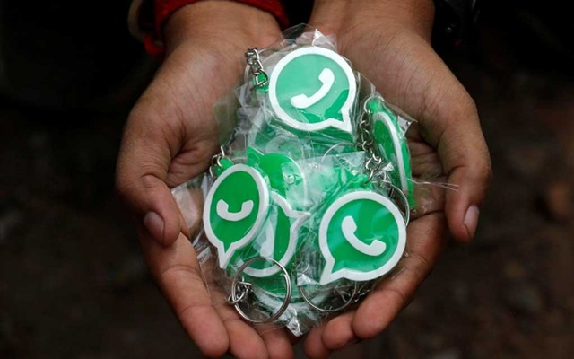 WhatsApp to roll out payments feature in India this year