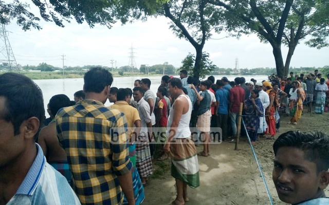 Three Ideal College students go missing in Dhaleshwari River