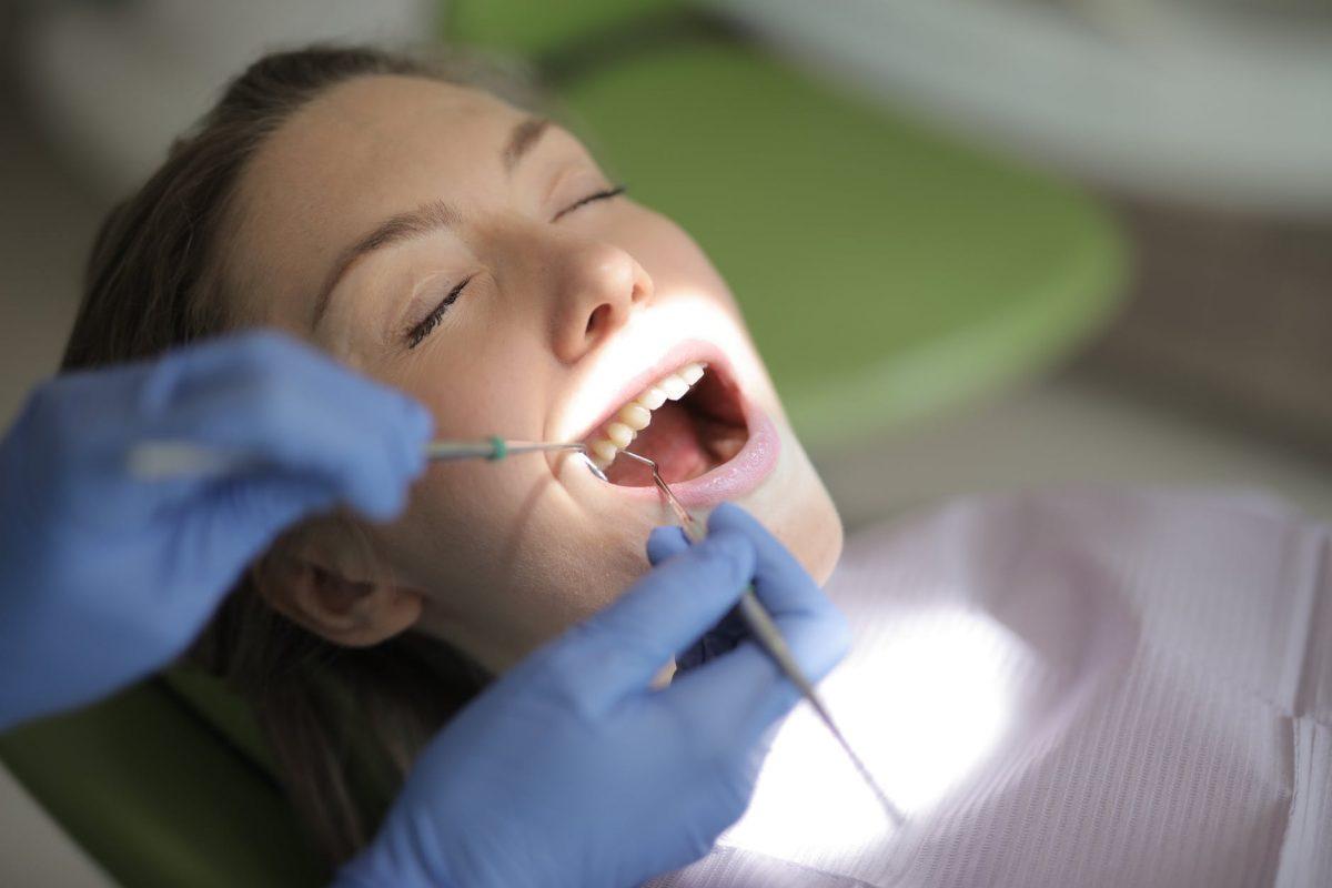 Cuanto cuesta un relleno dental en Estados Unidos?