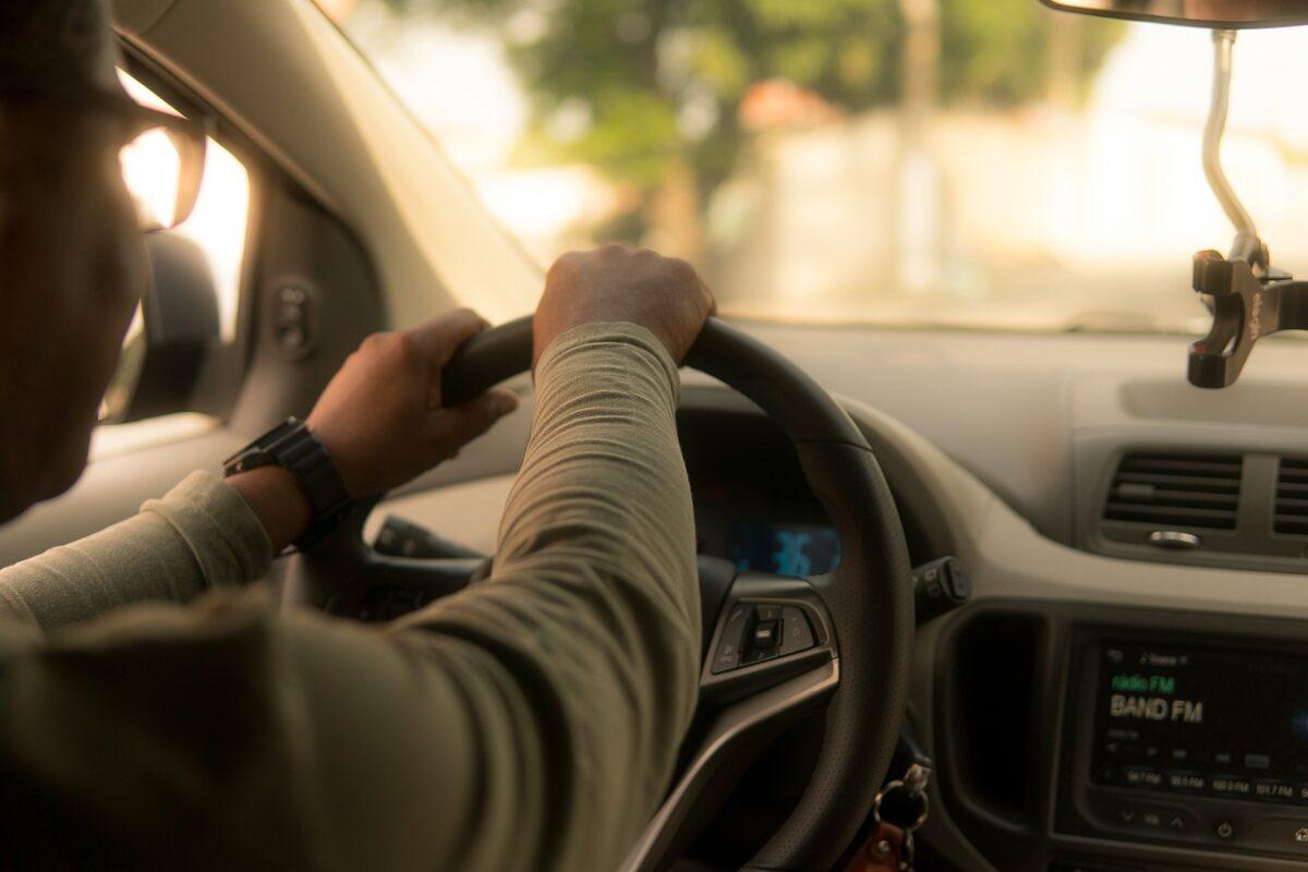 cuanto gana un chofer de uber en miami?